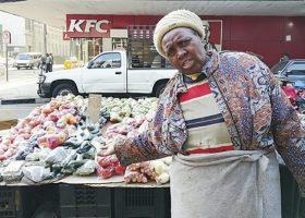 Joburg-CBD-vendor-Dade-Hlatshwayo-has-been-working-in-Helen-Joseph-Street-for-decades-750x406